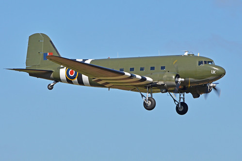 Douglas Dakota III 'ZA947 / UK'