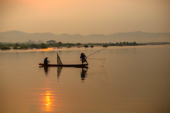 Silhouette Two fishermen (Sutipond Somnam) Tags: fish net boat outdoor burma asian thailand river travel province myanmar lake people sunrise asia wave mountain catching sunset throw silhouette mekong laos inle man food fishing tropical cloud southeastasia pitch morning fishermen together kayak tradition sky wooden water nature environment vietnam fisherman landscape indonesia