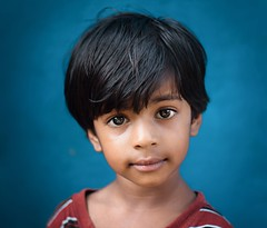 Untitled (nshrishikesh) Tags: chennai weekend clickers cwc chennaiweekendclickers cwc551 portrait portraits children eyes faces people village reaction cute photography photographer blue background