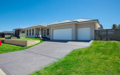 27 Hinchinbrook Close, Ashtonfield NSW 2323