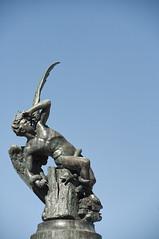 El ngel Cado (Guillermo Relao) Tags: madrid retiro angelcaido nikon d90 estatua statue guillermorelao