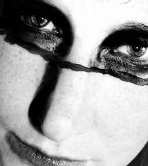 Eyes (One-Basic-Of-Art) Tags: blackandwhite black white bw sw annewoyand woyand fotografie photography noiretblanc noir blanc schwarzundweis schwarz weis weiss gray grey gris grau 1basicofart onebasicofart oboa canon hobby tfp