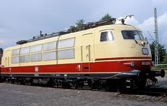 103 222  Kaldenkirchen  12.08.06 (w. + h. brutzer) Tags: kaldenkirchen eisenbahn eisenbahnen train trains elok eloks 103 e03 railway deutschland germany lokomotive locomotive zug db webru analog nikon