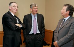 20111004BroyhillLecture050 (wakeforestbiz) Tags: people events business staff ceo speaker schools ge lecture academics broyhill jeffimmelt academicdepartments occasionalevents reinemund wakeforestschoolsofbusiness stevenreinemund