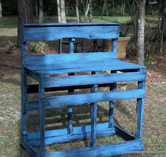 Potting bench-upcycled pallets (The Bella Modiste) Tags: blue green rustic recycle pallets ecofriendly reuse reduce gardentable pottingtable upcycled makedo ordowithout pottingbenchmadefromrecycledwood