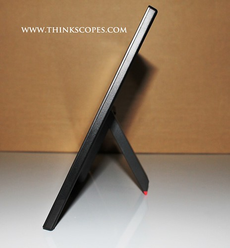 ThinkVision LT1421 side
