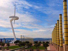 Montjuc Communications Tower - Barcelona - Catalunya (colin_francis) Tags: barcelona espaa tower spain catalonia catalunya olympics spagna