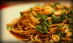 thainoodle (ThatStephanie) Tags: dinner vegan pasta thai spicy thaifood thainoodlesalad