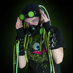 Cybers Goths 03 (Dennis Kussener) Tags: party colour green square vampire 8 nocturna series gent eight infected pv antwerpen mechelen cyber cybergoth coloma subculture amphi cybergothic cyberdreads colomaplus dennisfunmebe denniskussener bestofcolomaplusbydennis