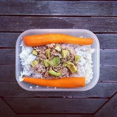43η μέρα, μεσημεριανό: ρύζι μπασμάτι με τόνο, αβοκάντο και καρότα. #natachef #diet #dietry #instadiet #instafood #food #foodie #healthy #lunch