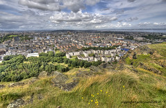 "View over Edinburgh • <a style=""font-size:0.8em;"" href=""http://www.flickr.com/photos/45090765@N05/9086908956/"" target=""_blank"">View on Flickr</a>"
