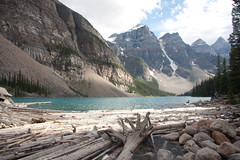 YBA-8521 (Differentialdx) Tags: alberta banffnationalpark morainelake valleyofthetenpeaks