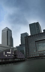 Storm is brewing (Paul.Stevens photography) Tags: storm london tower water silver wharf canary citi
