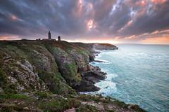 Cap Fréhel (FredConcha) Tags: sunset lighthouse france bretagne cliffs cap lee farol phare cotes britany 1635 capfrehel nikond800 fredconcha