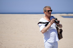 The ocean is the other way, dude (robertxcadena) Tags: people santamonica tourist editorial
