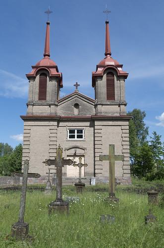 Kapi pie Istalsnas Kunga Jēzus apskaidrošanās Romas katoļu baznīcas, 04.06.2016.