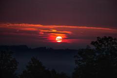 Crack of Dawn (stefan.bayer) Tags: crack dawn sb leutkirch im allgu schlosszeil schloss zeil sunrise sonnenaufgang morning