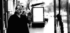 (Santiago Sito) Tags: street portrait retrato dof stranger look visualcontact contactovisual byn lluvia rain buenosaires