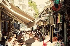 Athens (d6v1d) Tags: athens atenas grecia greece griechenland   shoppingstreet shopping compras  plka