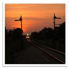 Headlights (bogray) Tags: train locomotive dieselelectric monon csx semaphore signal up4560 sd70m sunset in hitchcockroad northofsalem august2007