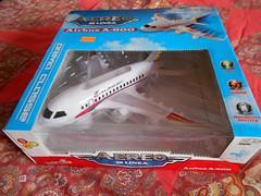 Cheap electronic plane (ItalianToys) Tags: toy toys giocattolo giocattoli aereo airplane aeroplano