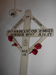 Private W. W. Peascod 25621 (Landstrider1691) Tags: wwi ww1 1917 borderregiment grasmere stoswaldschurch lakedistrict cumbria warmemorial privatewwpeascod killedinaction 25621 age19 gravemarker memorialcross poppies redpoppies