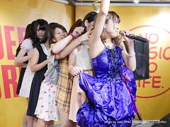 "HOT HEAT HEAT GIRLS 1st single ""JUMP"" リリースイベントミニライブ @ タワーレコード横浜ビブレ店"