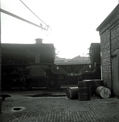 21 9F Heaton Mersey 45279 & 45065 img471 (Clementinos2009) Tags: steamlocomotives northernengland 1968 9fheatonmersey