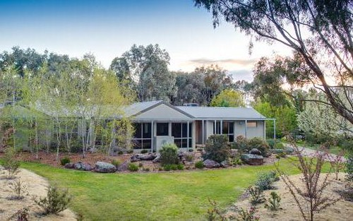 6 Fry Road, Thurgoona NSW 2640