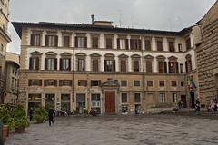 Piazza San Lorenzo (Firenze) (Dobromir Dimov) Tags: architecture italy toscana piazzasanlorenzo piazza square sanlorenzo basilicadisanlorenzo firenze florence