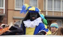 een zwart Pietje (Gerard Stolk (sur le chemin de Noël)) Tags: denhaag thehague lahaye haag intocht sintnicolaas zwartepiet goedheiligman