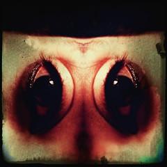 Ojo I (Produtziones Aldabar) Tags: ojo eye espejo mirror caleidoscopio kaleido kaleidoscope bizarre bizarro rare raro alien