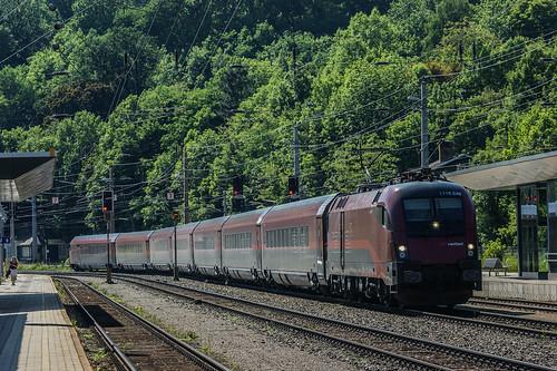 Railjet Payerbach-Reichenau