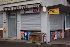 Kiosk - closed (Danubio!) Tags: kiosk ulm badenwuerttemberg badenwürttemberg langeweile