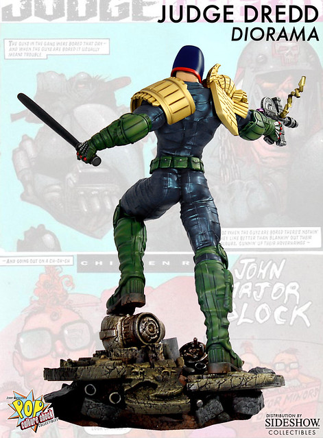 超時空戰警漫畫版雕像