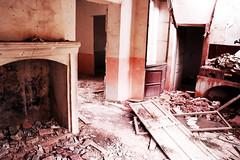 (SKTB3000.NET // Fotografa e Ilustracin) Tags: chimney abandoned decay grunge rubbish chimenea decadencia
