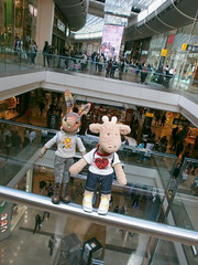 Beulah and Georgia, not afraid of heights, Westfield Centre, 19 May 13 (Castaway in Scotland) Tags: england rabbit london toy hare olympus giraffe jellycat d700