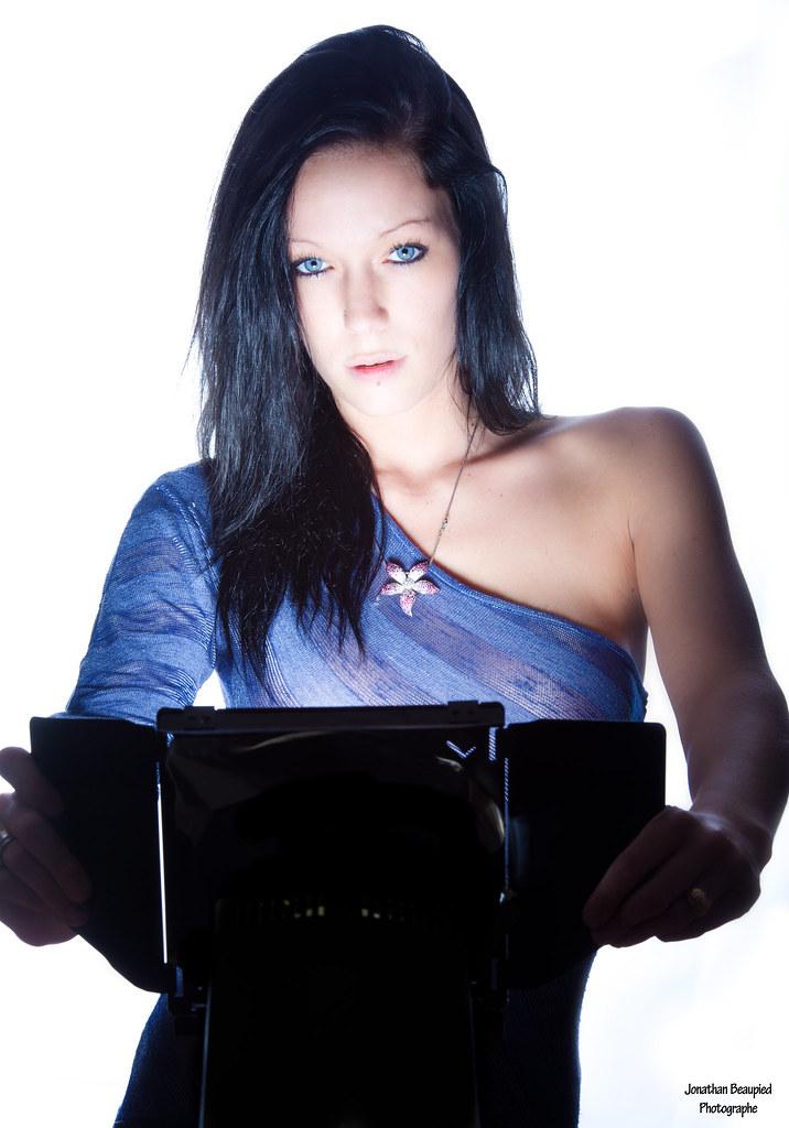Femme photographe cherche modele