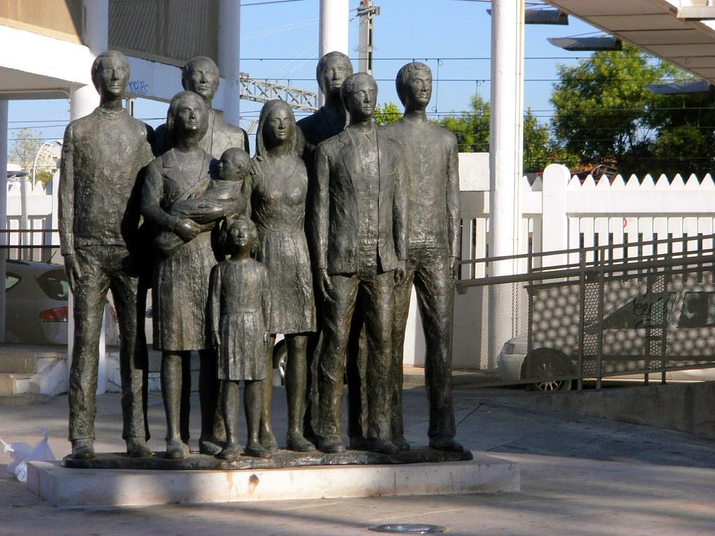 P8190118 emilio__ tags monumento henares 11m alcala alcaladehenares victimas