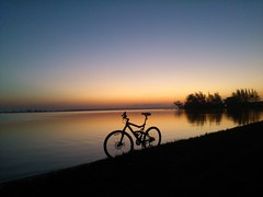 Bike,  Sunset,  Araruama,  Rj,  Brasil (cfigueiredojr) Tags: sunset day cellphone clear clearsunset flickrandroidapp:filter=none