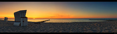 two (FH | Photography) Tags: sunset 2 panorama strand sonnenuntergang urlaub himmel balticsea meditation ufer weite ostsee ferien zwei horizont tourismus strandkorb kste wustrow fischland strandkrbe abends entspannung ruhe dars frankherrmann