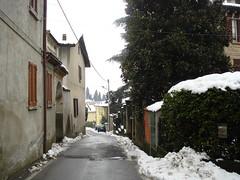 Via Emilio Gola a Mondonico (Mauro Vezzoli) Tags: strada neve mondonico viaemiliogola olgiatemolgoralc