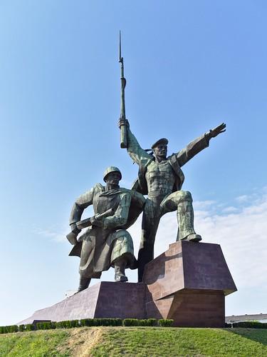 Солдат и матрос