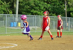 IMG_9827.JPG (Jamie Smed) Tags: 2010 dslr app jamiesmed snapseed iphoneedit geotag geotagged action softball handyphoto people kids children youth browncounty ohio sony summer sports sport photography a200 alpha midwest jamie smed june kid girl likeagirl