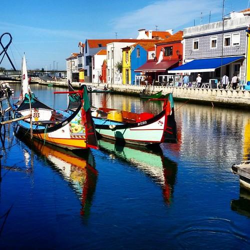 Porque metade de mim é partida, mas a outra metade é saudade #aveiro #veneciaportuguesa #portugal #nortedeportugal #galizadosul #canais #canales #instagood #instagramers #viajar #viaxar #voyage #galegospolomundo