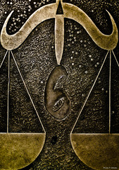 Balance (Philippe Gillotte) Tags: astro astrology themes astral astrologie capitole placeducapitole toulouse