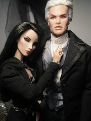 BRIDES OF DRACULA Dracula & His Brides: The Eternal Love Collection and Elise Jolie (suellenmuniz) Tags: brides of dracula fashion royalty lui lestat vampire his the eternal love collection