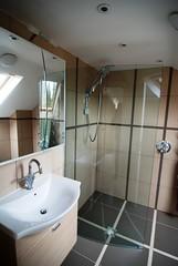 """Ravensbourne2 Bathroom 2  077 • <a style=""""font-size:0.8em;"""" href=""""https://www.flickr.com/photos/77639611@N03/6948033044/"""" target=""""_blank"""">View on Flickr</a>"""