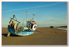 Hoylake Sands (shogunloverboy) Tags: fishingboats wirral westkirby heswall northwales hoylake oldboats thurstaston deeestuary beachedboats boatwrecks liverpoolbay thewirral groundedboats wirralcoast caldyblacks