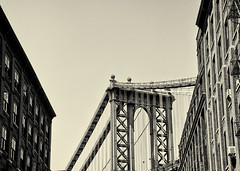Manhattan Bridge (PAJ880) Tags: nyc bw brooklyn bride manhattan dumbo